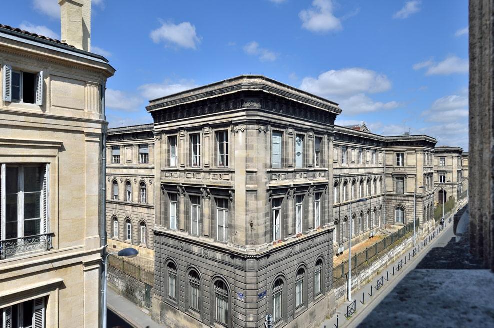 En images - façade rue Castéja